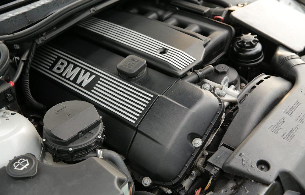 2003 BMW 325xi Touring