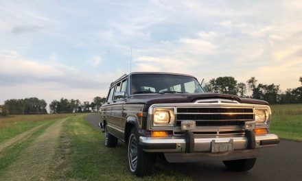 1987 Jeep Grand Wagoneer – SOLD!