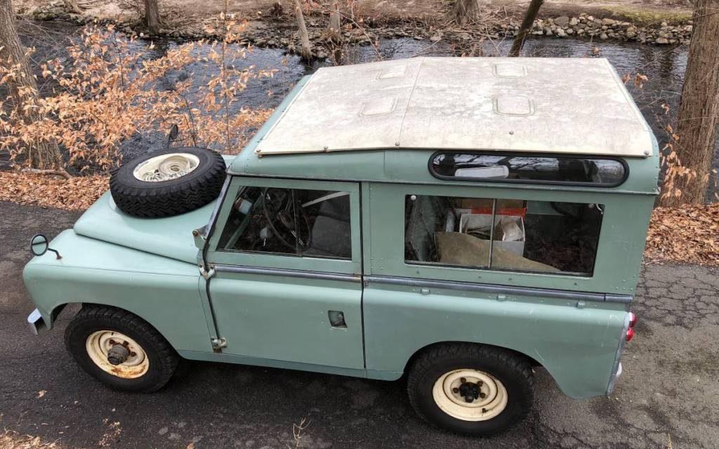 1966 Land Rover Series IIA 88 Wagon