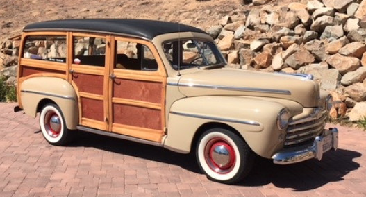 1948 Ford Super Deluxe V8 Woodie Station Wagon