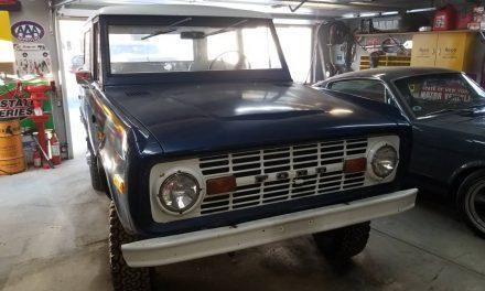 1976 Ford Bronco V8