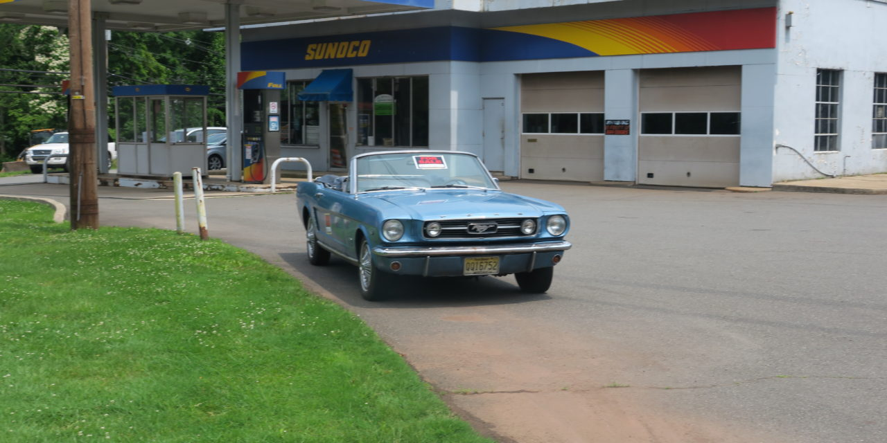 Side of The Road 1: 1965 Ford Mustang