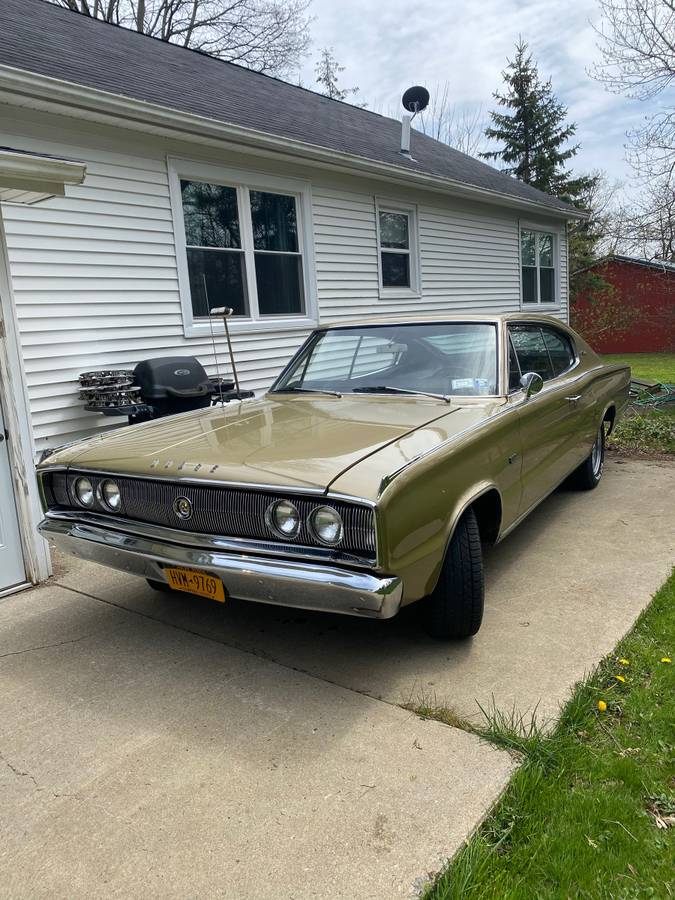 One Year Gone 1967 Dodge Charger 29k Mile 383 Automatic Survivor Sold Guyswithrides Com