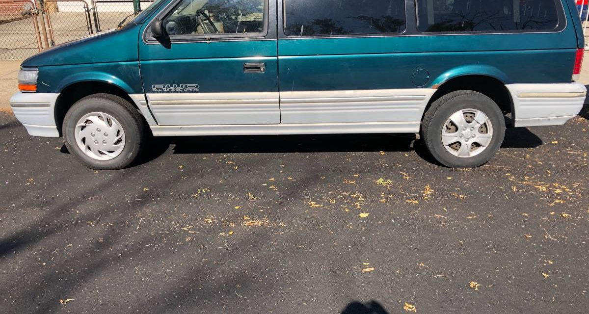 1995 Plymouth Voyager AWD Minivan – $900