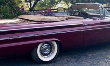 1960 Pontiac Bonneville – SOLD!