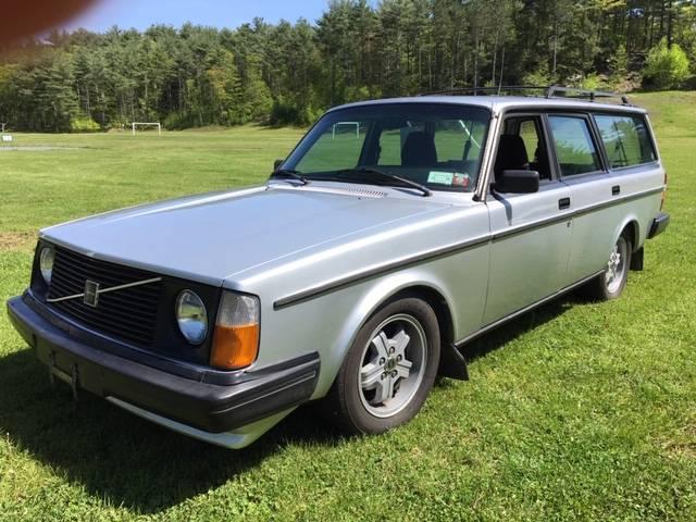 1985 Volvo 245 GLT Turbo 5-Speed – Sold!