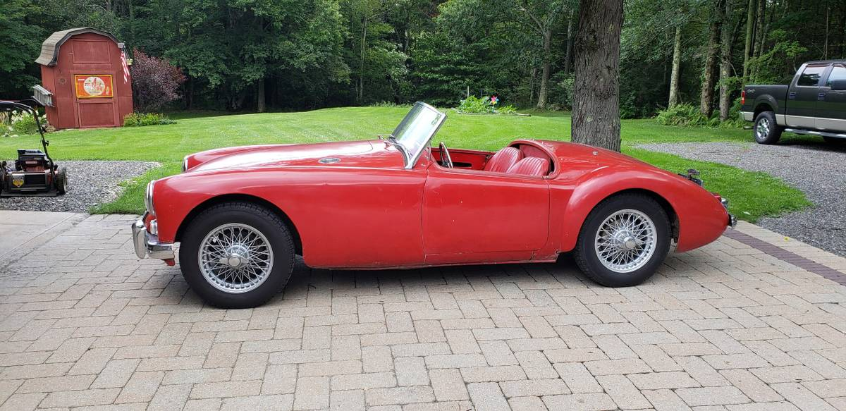 1962 MG MGA 1600 MK2 – Sold!