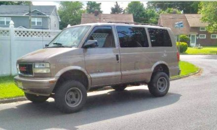 RADWood Eligible:  2002 GMC Safari 4WD 56K Original Miles – SOLD!