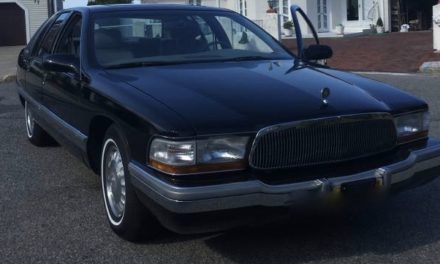 NEW! Award 19: 1996 Buick Roadmaster Limited 36K Mile Original Owner – $15,000