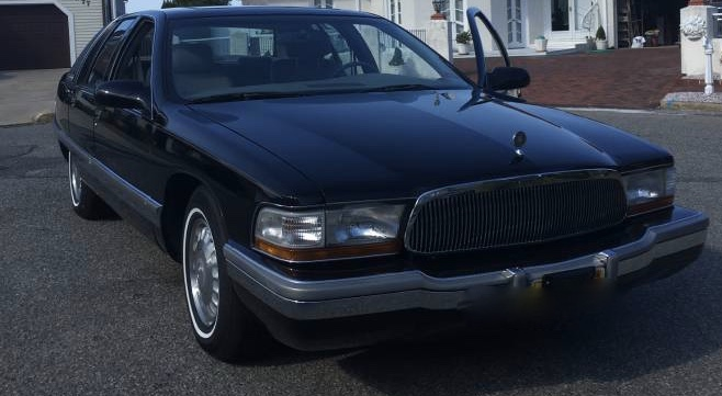 NEW! Award 19: 1996 Buick Roadmaster Limited 36K Mile Original Owner – $15,000