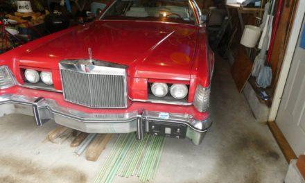 1976 Lincoln Mark IV Lipstick and White Edition 28K Mile Original Owner Survivor – SOLD FOR $13,000 10/27!