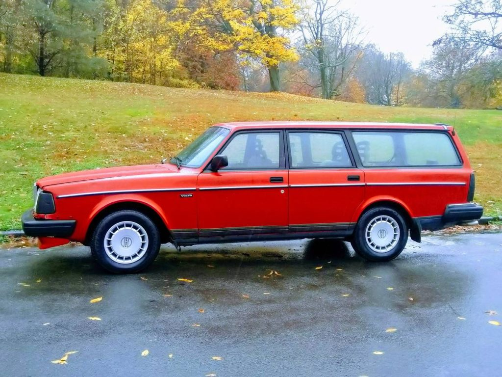 1993 Volvo 240 Wagon For Sale   GuysWithRides.com