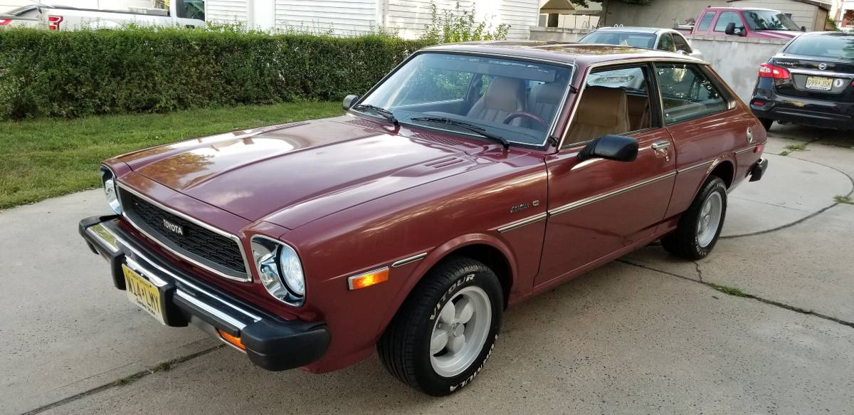 Volvo Knockoff 1979 Toyota Corolla Liftback Survivor 7 000 Guyswithrides Com