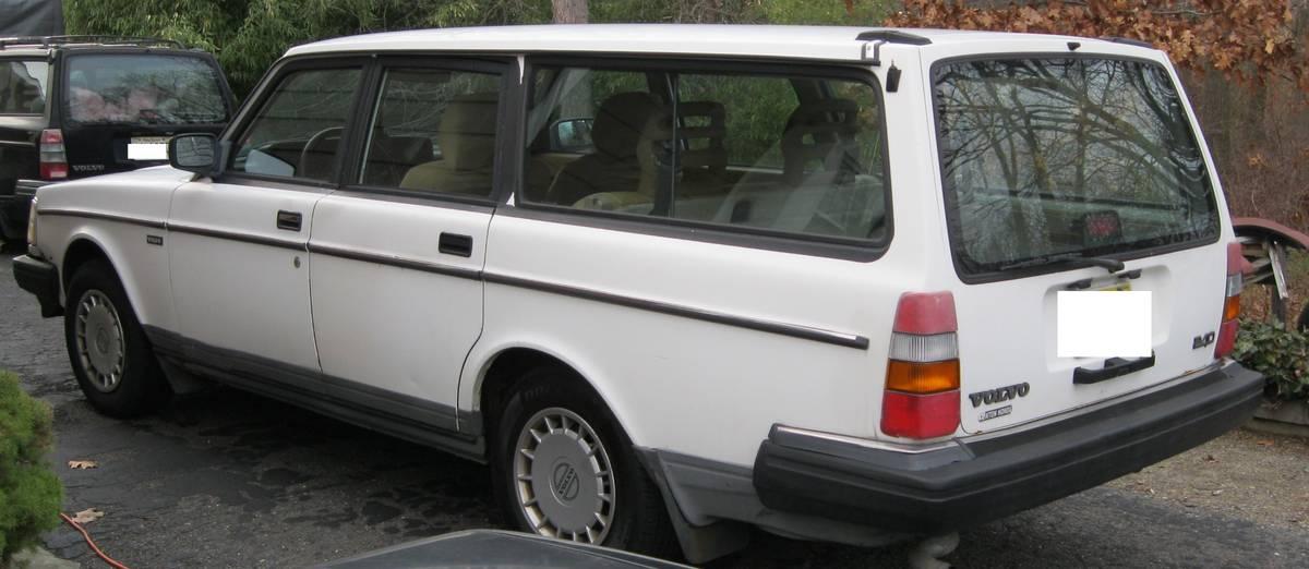 Daughter Ready: 1993 Volvo 240 Estate - $2,700 OBO ...