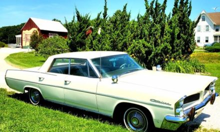 Wide Track Cat:  1963 Pontiac Catalina Vista Four-Door Hardtop – Sold!