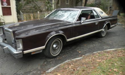 Stored 26 Years: 1978 Lincoln Continental Mark V Bill Blass Edition – $7,500