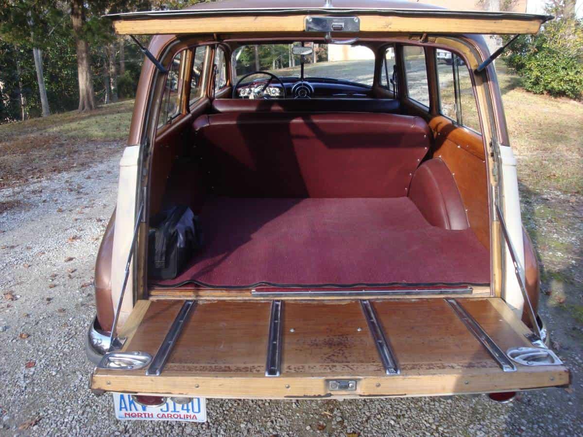 Tin Woody  1950 Pontiac Streamliner Deluxe Station Wagon