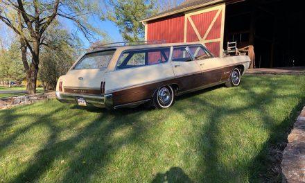 Vinyl Top: 1967 Pontiac Executive 6P Safari Station Wagon – Sold!