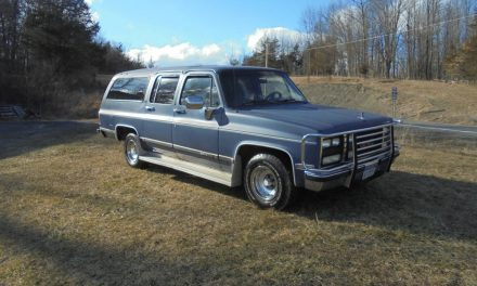 Solid Square Body: 1990 GMC Suburban – Sold!