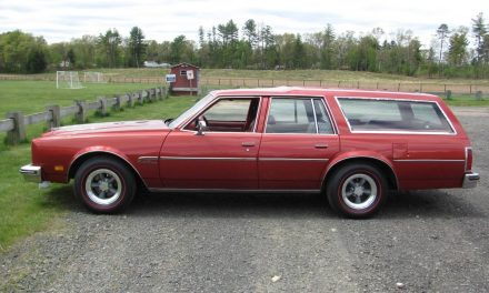 Big Red Wagon:  1977 Oldsmobile Custom Cruiser – $5,500