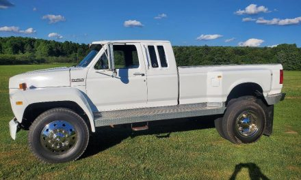 Tow Anything:  1983 Ford F600 Club Cab – SOLD!