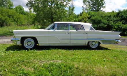 Super Size:  1959 Lincoln Premiere Sedan – $10,500