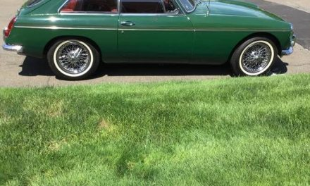 Christmas Colored: 1966 MG MGB GT 49K Mile Survivor – Listing Expired