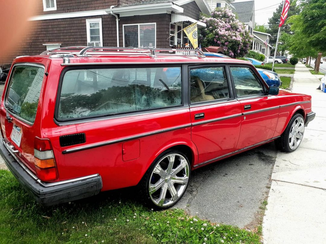 1985 Volvo 240 Wagon For Sale   GuysWithRides.com