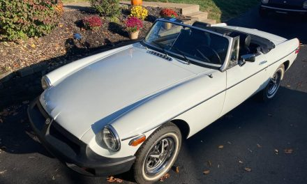 Classifind Cut 33: 1977 MG MGB w/AC – $9,500