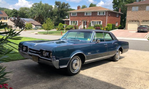 Classifind Cut 19: 1967 Oldsmobile Cutlass Supreme Holiday Sedan – $15,000
