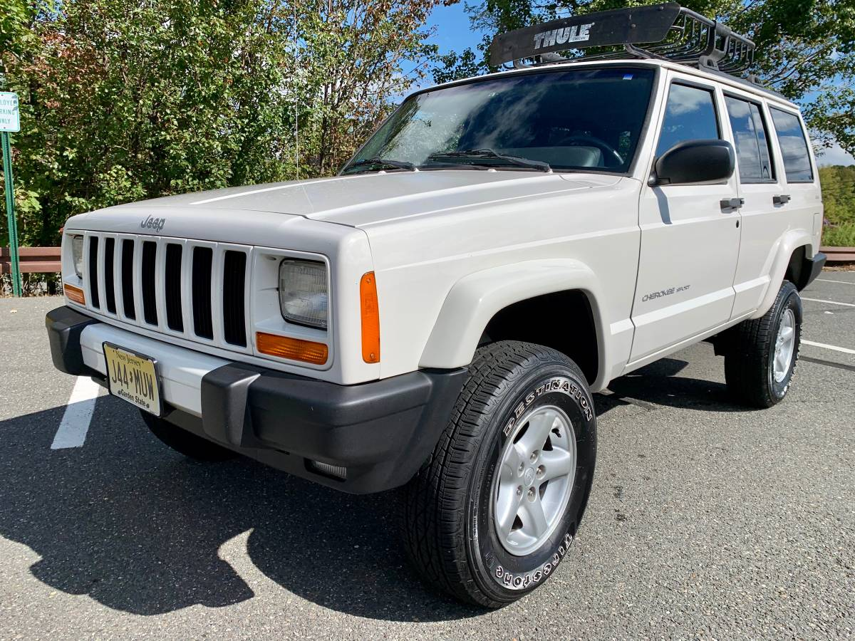 Xtra Clean Xj 1999 Jeep Cherokee Sport Classic Sold Guyswithrides Com