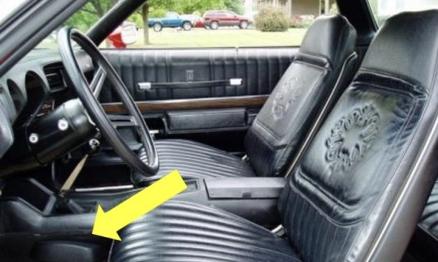 """Wanted: 1973 Oldsmobile Cutlass 442 4-Speed Console """"Bump"""""""