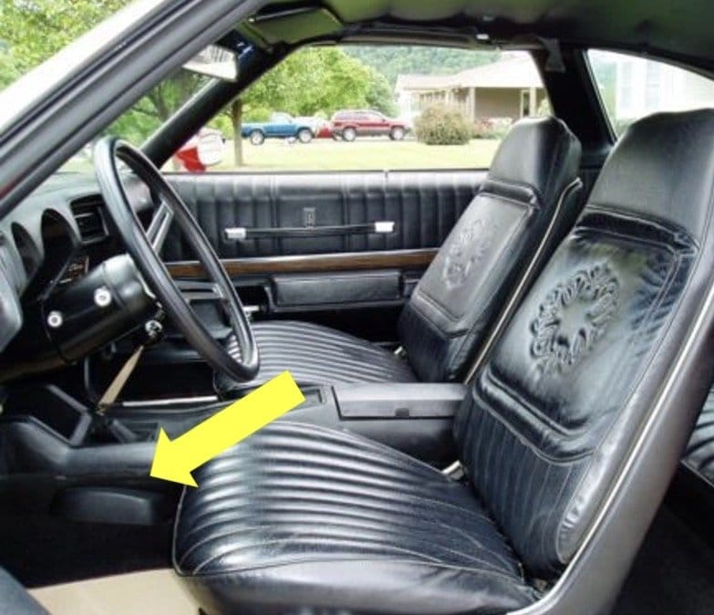 "Wanted: 1973 Oldsmobile Cutlass 442 4-Speed Console ""Bump"""