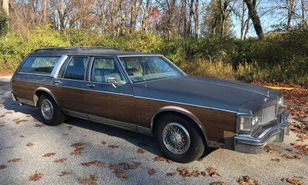 Classifind Cut: 1988 Oldsmobile Custom Cruiser – SOLD!