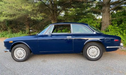 Terrible Two-Tone: 1974 Alfa Romeo 2000 GTV – $29,500
