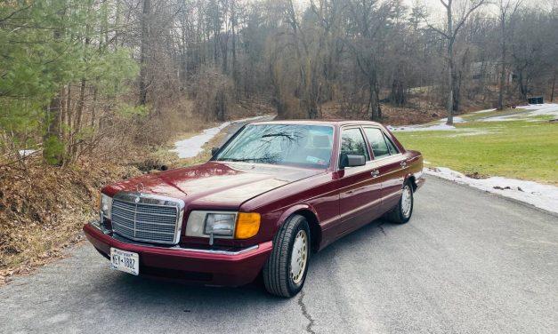 Low Mileage Flagship: 1989 Mercedes-Benz 300SE – $4,000