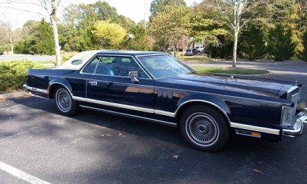 Classifind Cut: 1977 Lincoln Mark V – $12,500