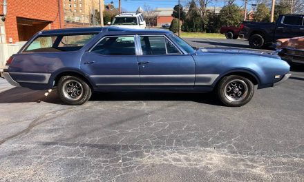 NEW! Award 63: 1969 Oldsmobile Vista Cruiser – NOW $29,000