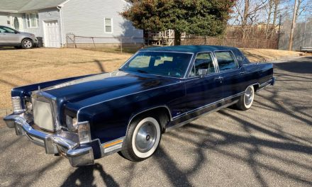 Solid Cruiser: 1979 Lincoln Continental Town Car – Sold?