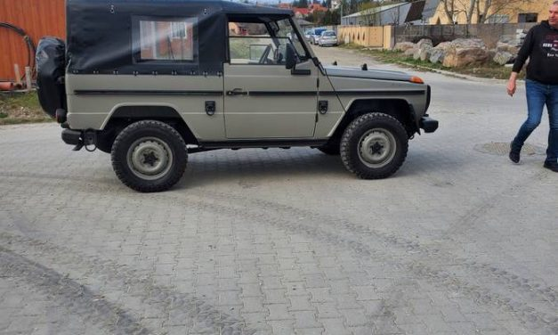 Wolf in Civilian Clothing: 1993 Mercedes-Benz 250GD – $59,900