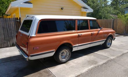 Three Door: 1972 Chevrolet Suburban – $22,900