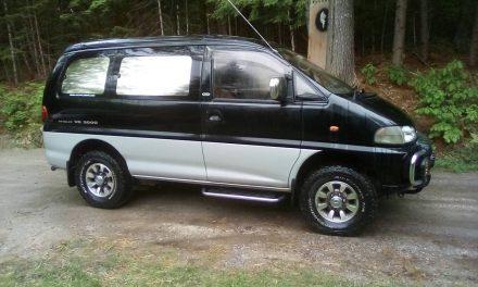 4WD Adventure Wagon: 1994 Mitsubishi Delica L400 – $16,000