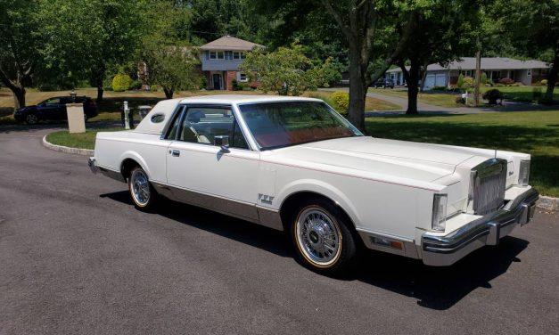 NEW! Award 81: 1983 Lincoln Continental Mark VI – Sold?