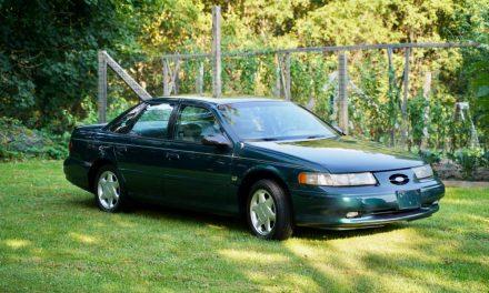 Award Winner: 1995 Ford Taurus SHO – $10,600