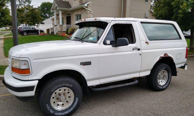 Final Fullsize: 1996 Ford Bronco XLT – STILL $15,000
